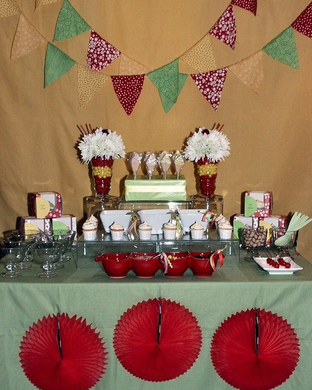 ice cream sundae bar birthday party