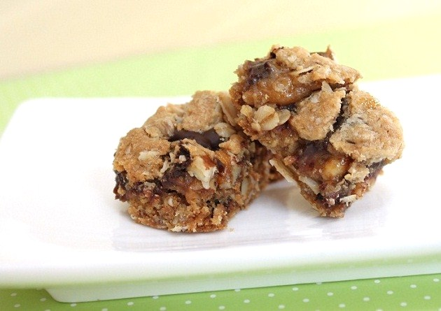 Oatmeal White Chocolate Cookie Dough Bars Recipes — Dishmaps